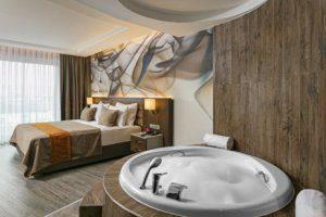 فنادق انطاليا 4 نجوم